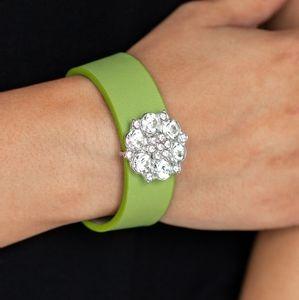 Show Stopper Green Snap Bracelet